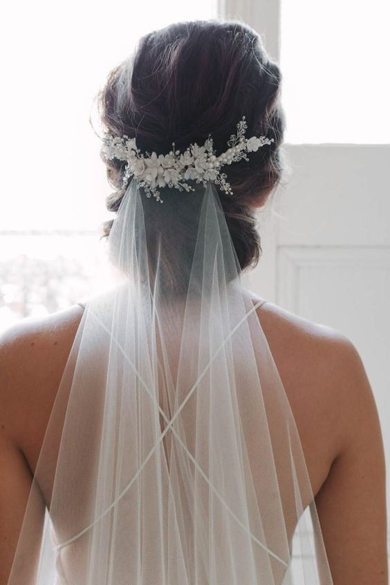 MARION floral bridal comb with simple veil