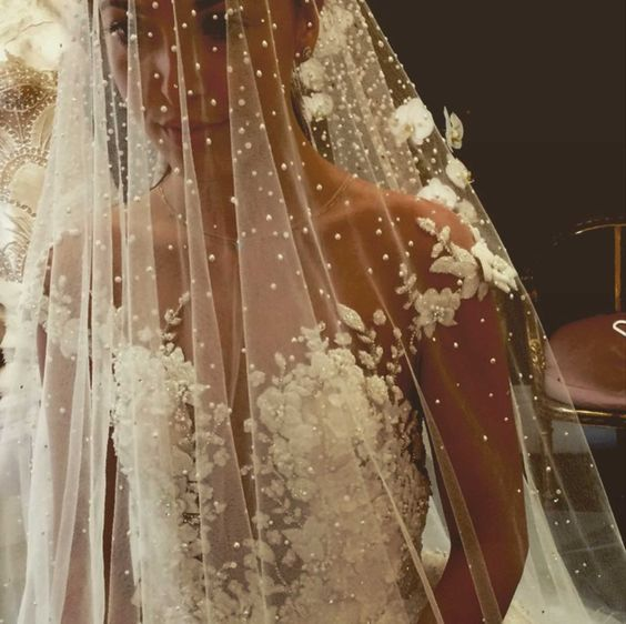 Stunning Wedding Veils That Will Leave You Speechless