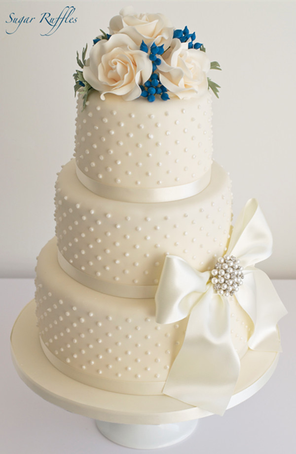 blue berry wedding cake ideas 3-tier