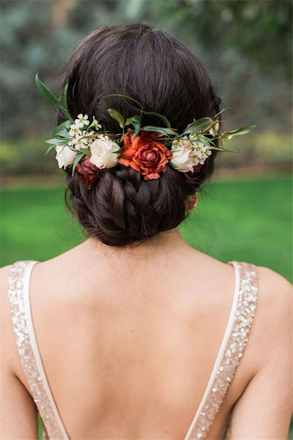 18 wedding updo hairstyles with greenery decorations greenery wedding hair updo ideas junglespirit Choice Image