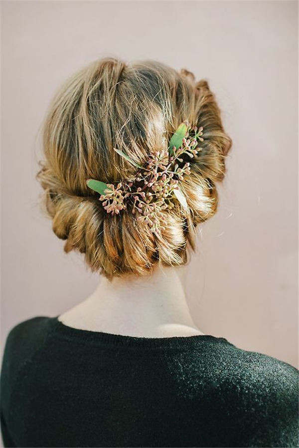 rustic elegance Greenery wedding hair updo ideas