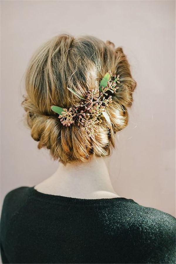 Rustic Elegance Greenery Wedding Hair Updo Ideas