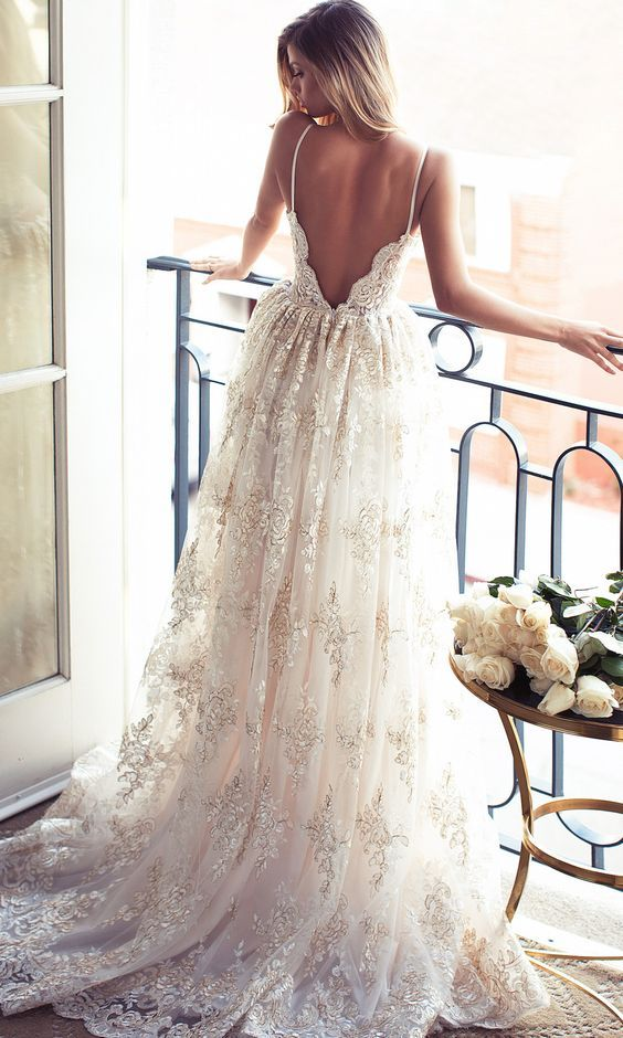 Beautiful lurelly Backless Wedding Dresses