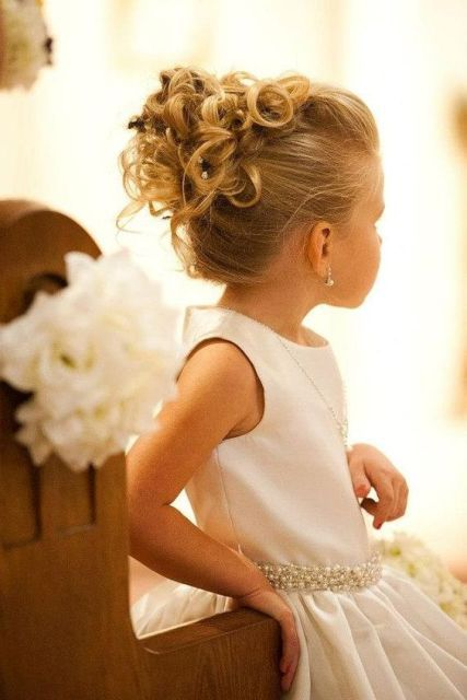 Cute Flower Girl Hairstyle Ideas To Make