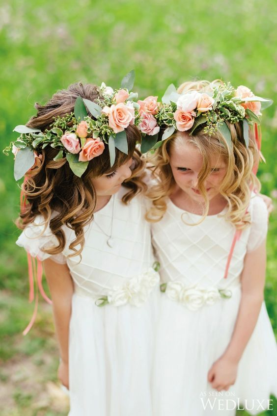 Elegant wedding flower girl hairstyles Photography by Mango Studios