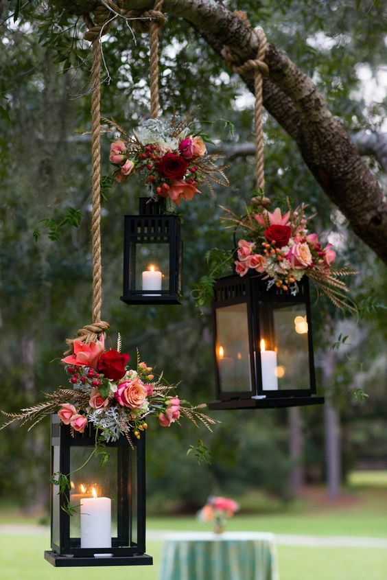 Save this for 18 dazzling ways to light up your wedding.