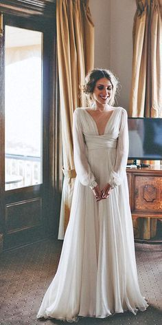 Simple Wedding Dresses For Elegant Brides