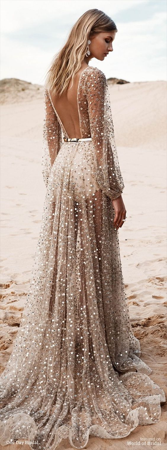 Top 22 beach wedding dresses ideas to stand you out for Beach wedding dresses 2017
