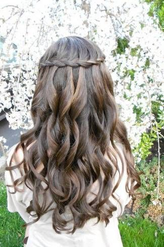 Swoonworthy Braided Wedding Hairstyles for flower girl