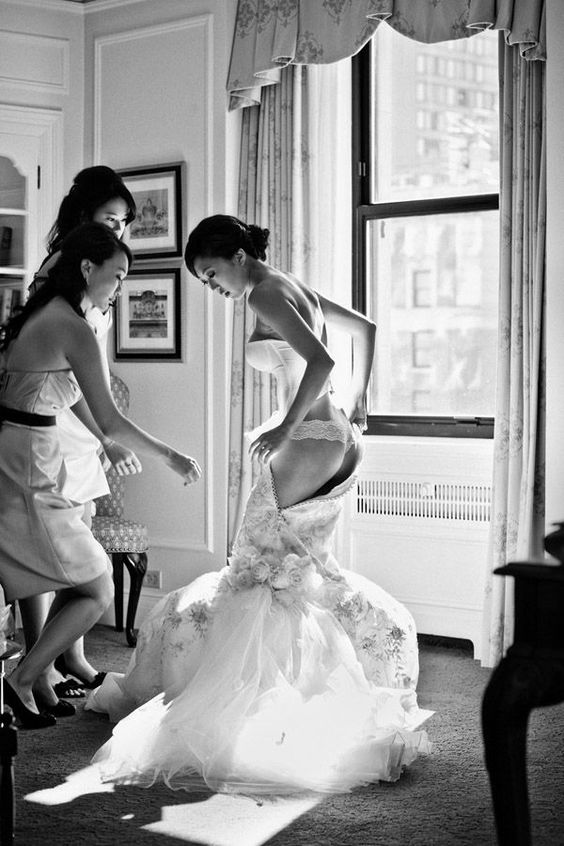 Bridal lingerie ideas and advice for the wedding day