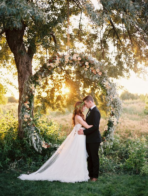 Giant Greenery Wreath Wedding Inspiration Photography by Leo Patrone