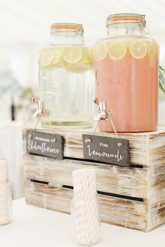Lemonade for wedding party guests