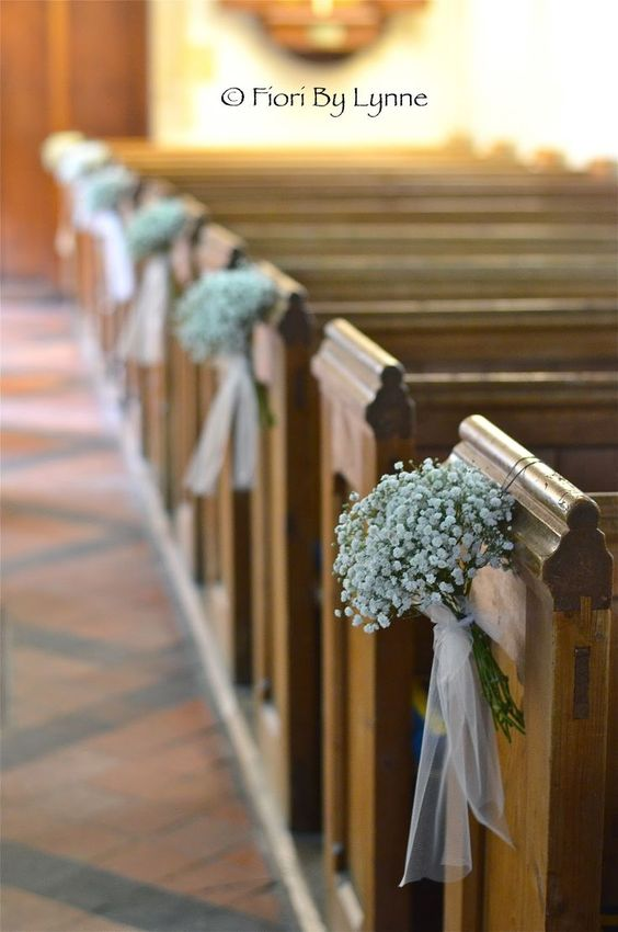 21 stunning church wedding aisle decoration ideas to steal pew bows gypsophila pew end with tulle bow and trails junglespirit Images