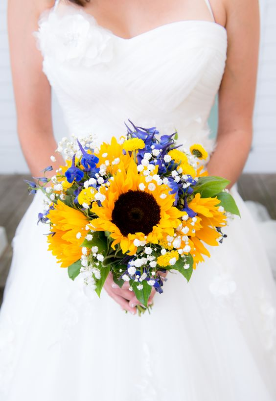 21 perfect sunflower wedding bouquet ideas for summer wedding royal blue sunflower yellow for summer wedding junglespirit Image collections