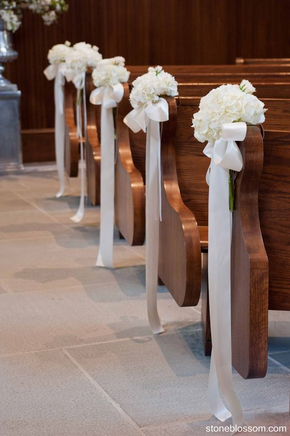 21 stunning church wedding aisle decoration ideas to steal simple pew decorations junglespirit Choice Image