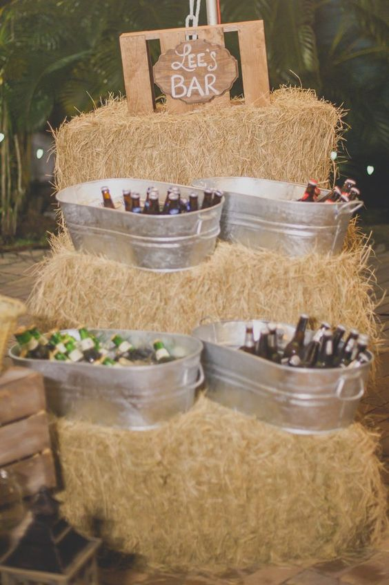 Simple and rustic hay bale reception bar ideas