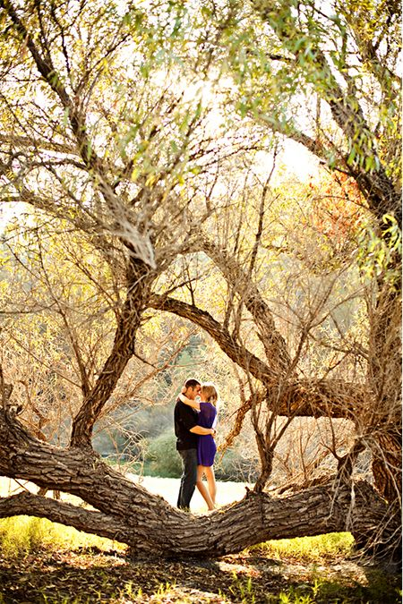 Chic-Outdoorsy Styled Engagement Shoot