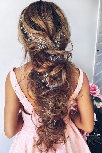 Chic wedding hairstyles for long hair