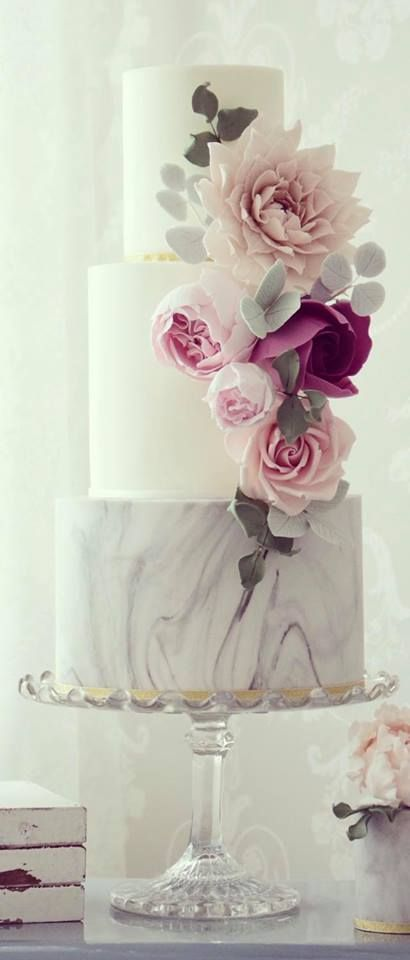 Cotton and Crumbs Wedding cake idea