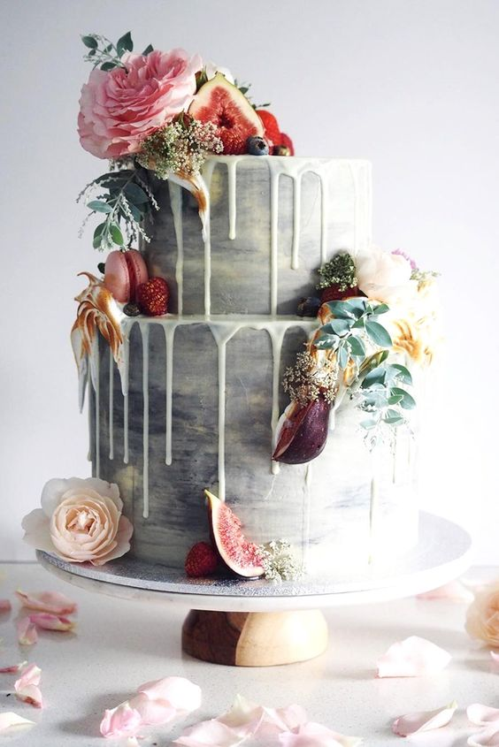 Delicious And Trendy Drip Wedding Cakes