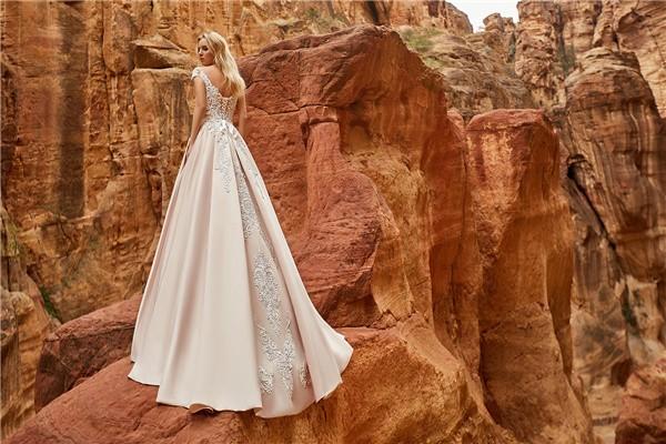 Oksana Mukha 2018 Wedding Dresses Collection -isadora-2