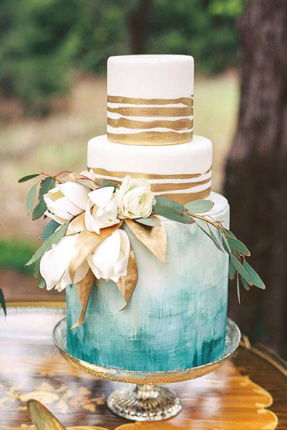 Trendy Gold and Marble Wedding Cakes