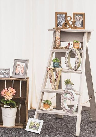 Country Ladder Decor