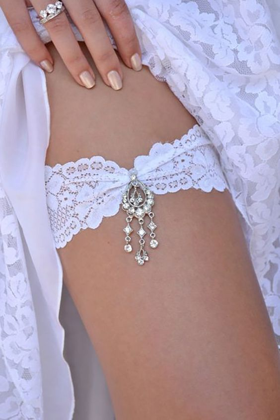 Exquisite Wedding Garters