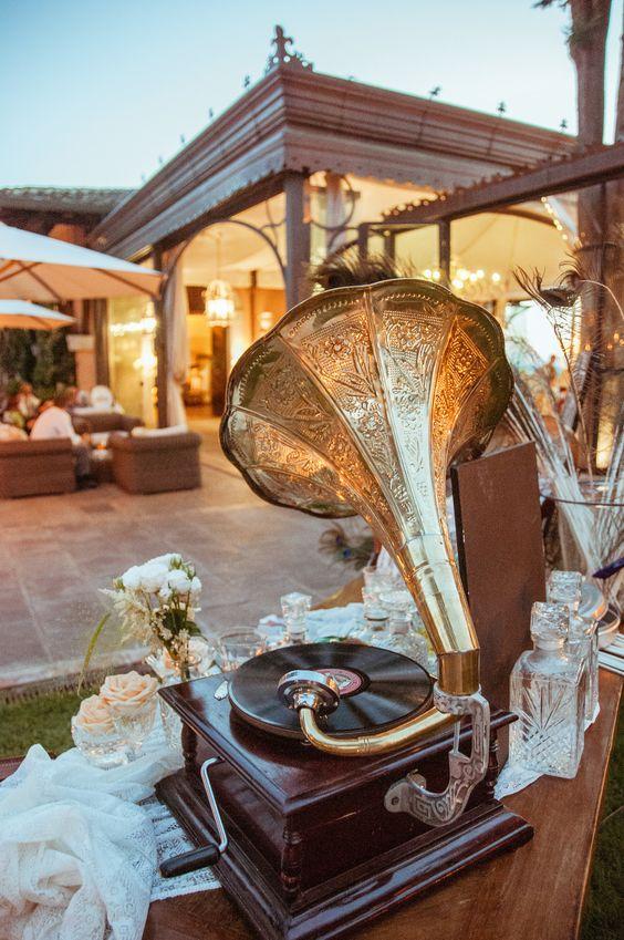 Great Gatsby Inspired Garden Party Wedding