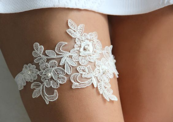 Lace and Pearls ivory lace wedding garter set