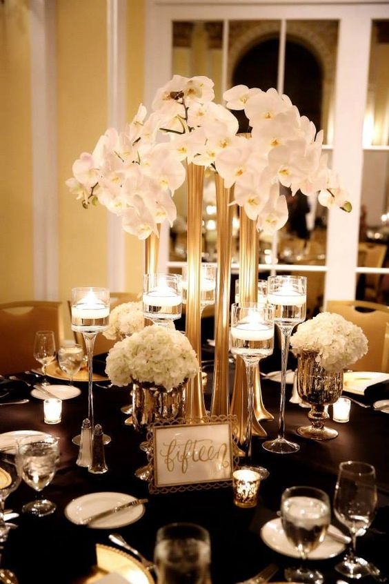 Modern Great Gatsby styled elevated centerpiece