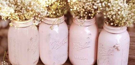 OMG mason jars with baby's breath