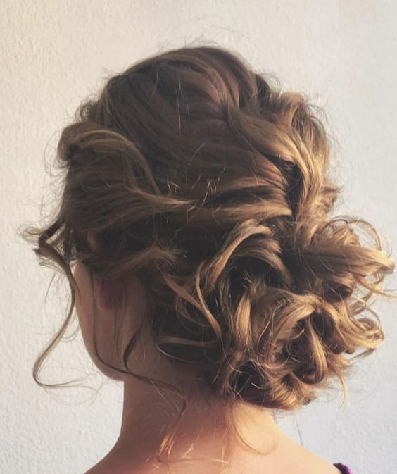 Wedding Hairstyles For Medium Thin Hair: 24 Lovely Medium-length Hairstyles For 2019 Weddings