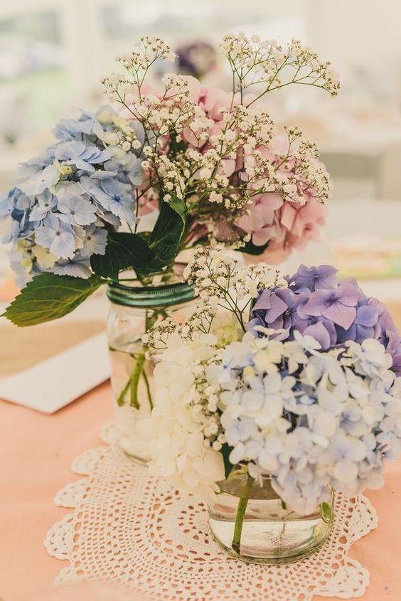 Simple yet rustic diy hydrangea wedding centerpieces ideas
