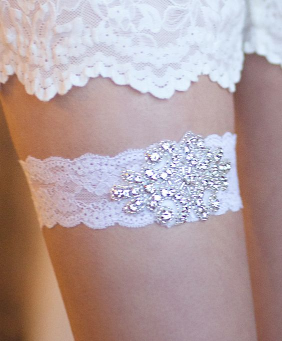 Wedding garter. this one is pretty
