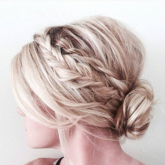 24 Lovely Medium Length Hairstyles For 2019 Weddings