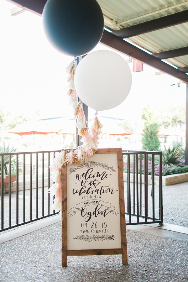 Black and white giant balloons - wedding welcome sign