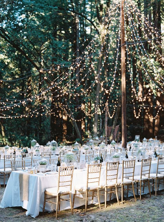 Decor Accents For a Backyard Wedding
