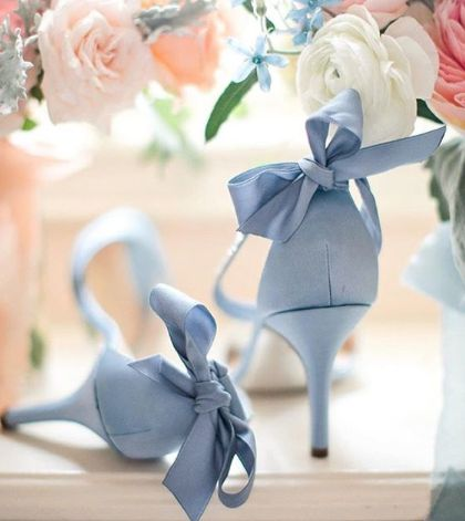 Something blue Wedding shoes by Ninashoes
