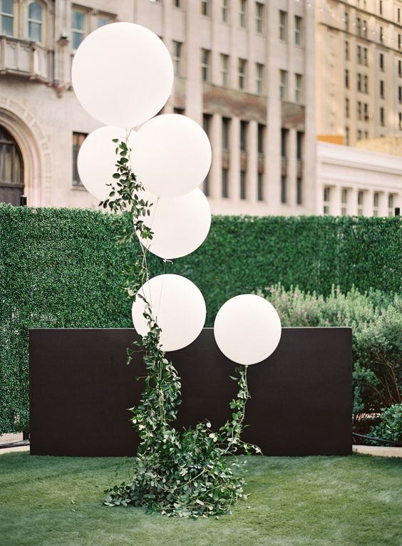 Wedding Balloon Photography - Lauren Peele Photography
