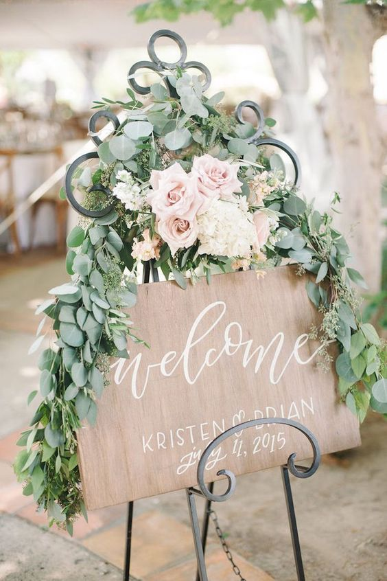 adorble romantic wedding welcome sign