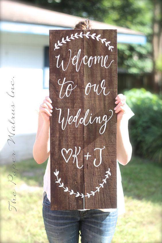 beautiful DIY wedding welcome sign