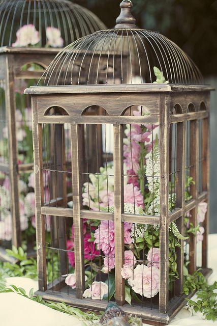 beautifully designed metal birdcage wedding centerpieces