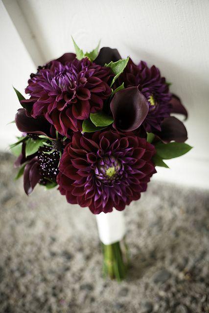 dark purple dahlias and calla lilies wedding bouquets