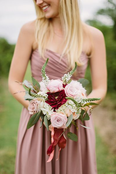 romantic fall wedding bouquets