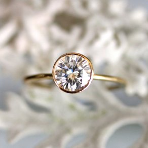 simple beautiful engagement ring