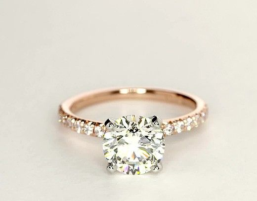 simple diamind engagement ring