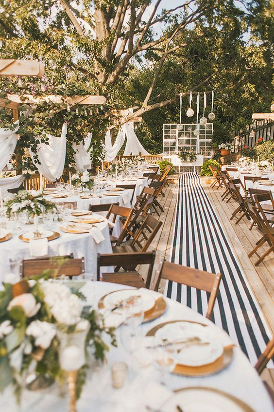 striped wedding details - photo by Cassie Lopez