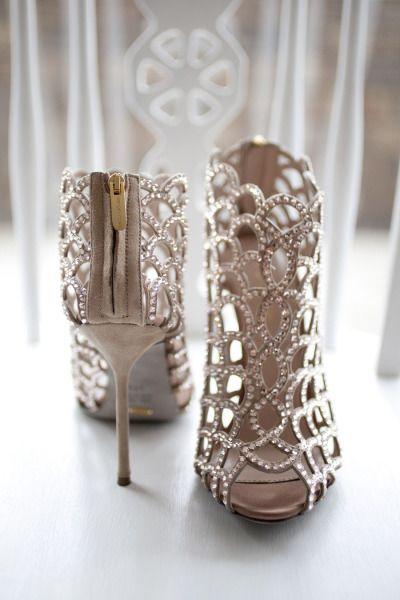 stylish silver wedding shoes