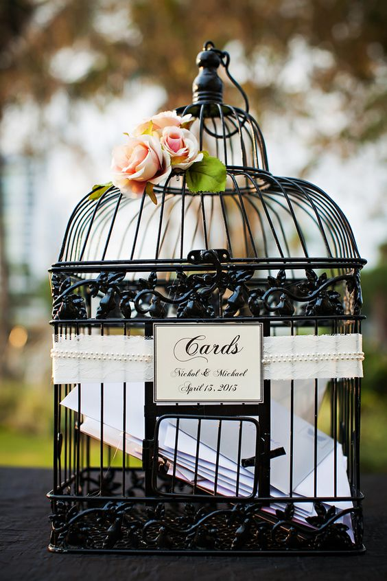 unique and fun birdcage wedding decorations